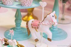 Cavalinho luxo para decoração tema carrossel