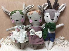 Petite poupée bambi chevreuil cerf faon peluche animal jouet