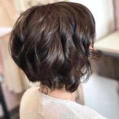 49 Stacked Bob Hairstyles with Bangs for Women - Fashionmgz Layered Bob With Bangs, Haircuts For Long Hair With Layers, Layered Bob Short, Stacked Bob Hairstyles, Bob Hairstyles With Bangs, Bob Haircut With Bangs, Bob Haircuts For Women, Layered Bob Hairstyles, Haircut Short