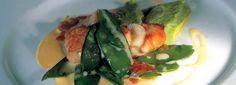 Capesante in teppanyaki con taccole e salsa leggera di Provolone Valpadana D.O.P.