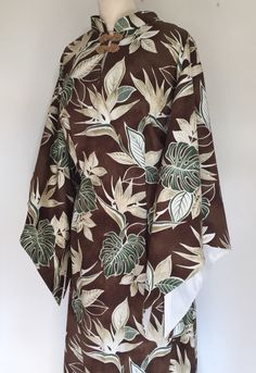 A personal favourite from my Etsy shop https://www.etsy.com/uk/listing/270224796/vintage-1950s-inspired-hawaiian-pake-muu