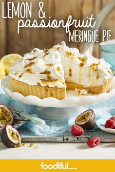 This pie features silky, yolky lemon curd filling and a light marshmallow meringue top. It features a delish lemon curd recipe, too! Lemon Meringue Recipe, Meringue Pie, Lemon Curd Filling, Fruit Dessert, Something Sweet, Fudge, Delish, Biscuits, Beverages