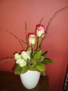 Enkele roosjes hoog en laag geschikt   Bloemschikken -