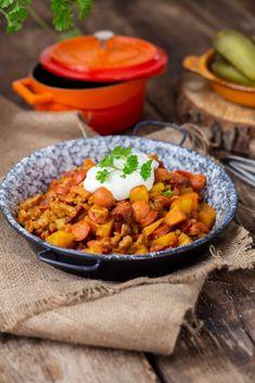 Chana Masala, Ethnic Recipes, Food, Hungarian Recipes, Red Peppers, Essen, Meals, Yemek, Eten