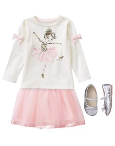 Toddler Girl's Ballerina Style Outfit by Gymboree Toddler Girl Style, Toddler Girl Outfits, Kids Outfits, Boy Fashion 2018, Girl Fashion, Fashion Outfits, Fashion Illustration Face, Classy Work Outfits, Little Girl Outfits