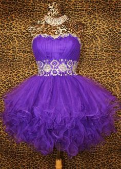 PURPLE SHORT PROM COCKTAIL PARTY PAGEANT FORMAL MARDI GRAS GOWN DRESS M 8/10  From ebay.com