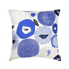 sunnuntai_blue_cushion47x47cm.jpg
