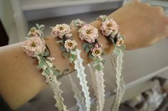 Armbänder/ Haarbänder auf Spitzenband I am pleased to present this article from my shop to present: bracelets / hair bands on lace ribbon Bridesmaid Corsage, Bridesmaid Jewelry, Wedding Jewelry, Flower Hair Band, Flowers In Hair, Wedding Bouquets, Wedding Flowers, Ribbon Wedding, Wedding Cake