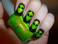Green Alien Nails on Black