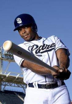 justin upton padres | Andy Hayt/Getty Images Justin Upton of the San Diego Padres