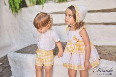Lastenvaateliike Nellikki myy Miranda textilesin lastenvaatteita Suomessa
