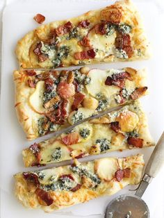 Maple Apples, Blue Cheese and Bacon Pizza