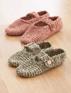 Yarnspirations.com - Bernat Crochet Slippers - Patterns  | free pattern | easy