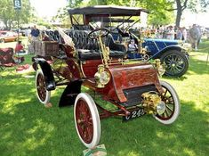 A 1903 Ford Model A with Tonneau