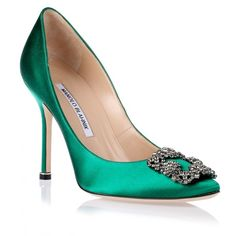 Manolo Blahnik Hangisi Satin Pump Emerald Green (3.935 RON) ❤ liked on Polyvore featuring shoes, pumps, heels, green, manolo blahnik, emerald green shoes, green satin pumps, green shoes, pointy toe pumps and evening shoes