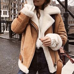 Women's fashion stitching lapel warm jacket Winter Coat Outfits, Winter Fashion Outfits, Look Fashion, Autumn Winter Fashion, Fall Outfits, Womens Fashion, New York Winter Fashion, Biker Fashion, Cold Weather Outfits