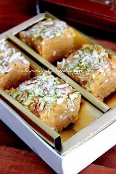 Jagruti's Cooking Odyssey: Malai Dodha Barfi / Barfee - Doodh or Mawa Barfi - Milk fudge