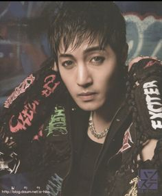 Kim Hyun Joong 김현중  His eyes are so captivating when they're green.