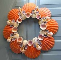 Ocean Lions, Seashell Wreath / Seashell Wreaths / Shell Decor™ > Beautiful, decorated Sea Shell and Seashell Mirrors. @ DIY Home Ideas