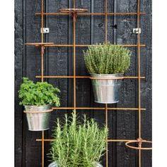 Most Creative Gardening Design Ideas - New ideas Balcony Garden, Balcony Ideas, Hygge, Amazing Gardens, Plant Hanger, Garden Design, Planters, Exterior, Outdoor Structures