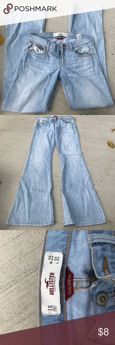 Hollister cali flare jeans Size 1S good condition. Does have small grass stains on bottom of jeans. Hollister Pants Boot Cut & Flare