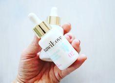 Moisturizing Base before you start with make up. Serum, Perfume Bottles, Base, How To Make, Beauty, Perfume Bottle, Beauty Illustration