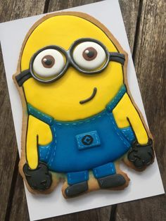 Huge Minion Cookie | Cookie Connection