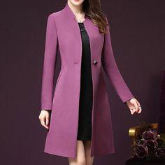 Love the colarless blazer hidžáb móda, blejzry, dámská móda, trench coats, Hijab Fashion, Fashion Dresses, Fashion Coat, Jackets Fashion, Hijab Stile, Winter Stil, Mode Outfits, Coat Dress, Classy Outfits