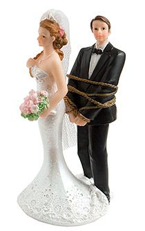 pleine dhumour cette figurine avec le mari ligot par une corde fera rire - Figurine Gateau Mariage Personnalis