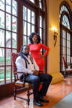 Intimate Engagement Session in Austin, TX: Taevia + Christopher