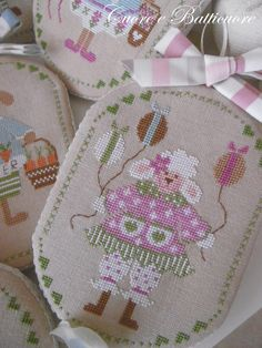 Ricamo - Cucito creativo - Cross Stitch Designer Cross Stitch Charts, Cross Stitch Embroidery, Easter Cross, Sheep, Reusable Tote Bags, Quilts, Crafts, Etsy, Crossstitch