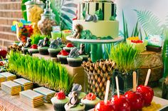Sweet Table jungle party