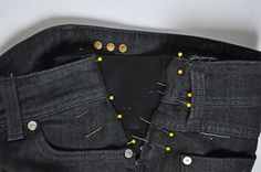DIY maternity pants- add elastic to the side of your favorite jeans. Why didn't I find this sooner? Sewing Blogs, Sewing Hacks, Sewing Tutorials, Maternity Pants, Maternity Fashion, Diy Clothing, Sewing Clothes, How To Make Jeans, Altering Jeans