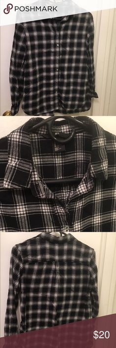 Flannel Black and white pattern, oversized, long sleeves, warm, collared, button down flannel H&M Tops Button Down Shirts