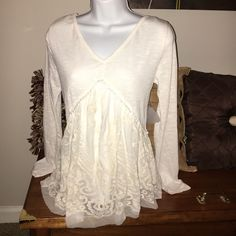 Peasant Top Beautiful peasant top, reminds me of Free People. Only tagging FP for views. NWT. Free People Tops Blouses