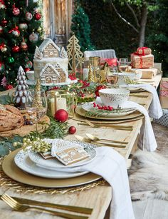 Affordable decorating ideas for a stylish Christmas Day