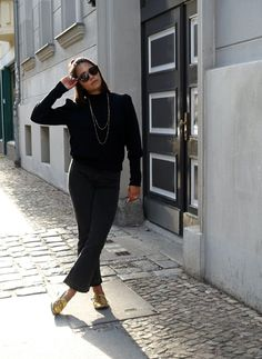 Black & Golden | fashionboho.com Summer Time, Personal Style, Chic, Sweaters, Jackets, How To Wear, Black, Fashion, Shabby Chic
