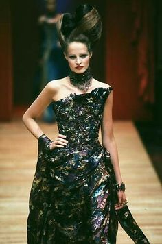 Christian Lacroix - Haute Couture - Runway Collection - WomenFall / Winter 1997