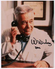 "William Windom I/P signed ""Murder,  She Wrote"" photo as Doc Hazlitt"