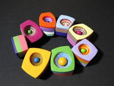 NataliaGarcía de Leániz on The Polymer Arts blog. Colorful chunky polymer bracelet. www.thepolymerarts.com