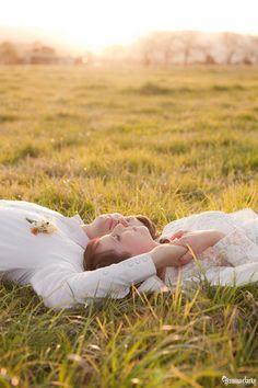 Hannah and Cam's Quirky Farm Wedding - Milton - Gemma Clarke Photography