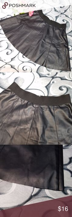 "Forever 21 Pleather Mini Skirt Black Size M Forever 21 Pleather Mini Skirt Black Size M  Measurements: Waist: 26"" Length: 16.5""  Flowers not included Forever 21 Skirts Mini"
