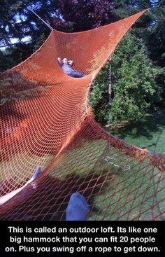 Huge backyard hammock // que tal uma grande rede no quintal de casa? Backyard Hammock, Diy Hammock, Hammock Ideas, Outdoor Hammock, Outdoor Forts, Hammock Beach, Rope Hammock, Portable Hammock, Camping Hammock