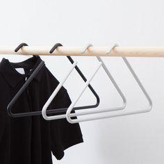 Clothes shop design interior walk in 46 ideas for 2019 Design Shop, Display Design, Store Design, Hanger Rack, Coat Hanger, Clothes Hanger, Hanging Clothes Organizer, Hanging Racks, Foldable Wardrobe