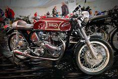 Vincent Motorcycle, Norton Motorcycle, Cafe Racer Motorcycle, British Motorcycles, Cool Motorcycles, Triumph Motorcycles, Norton Cafe Racer, Triumph Cafe Racer, Norton Commando