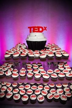 I'm in love with @TEDxToronto's tower of cupcakes! Combining two of my loves: #TEDx and #cupcakes.