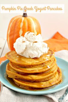 Enjoy all the deliciousness of a slice pumpkin pie for breakfast minus the guilt with these healthier Pumpkin Pie Greek Yogurt Pancakes. Pumpkin Yogurt, Healthy Pumpkin Pies, Pumpkin Recipes, Fall Recipes, Pumpkin Spice Pancakes, Pumpkin Pumpkin, Pumpkin Puree, Greek Yogurt Pancakes, Pancakes And Waffles