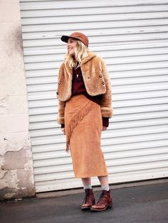 @bjonesstyle wearing the It-trend of the moment: '70s-inspired suede and fringe