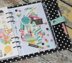 Design team member Candi Billman shares how she's set up & started planning in her robin's egg Carpe Diem planner!