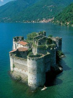 Cannero Castle, ITALY